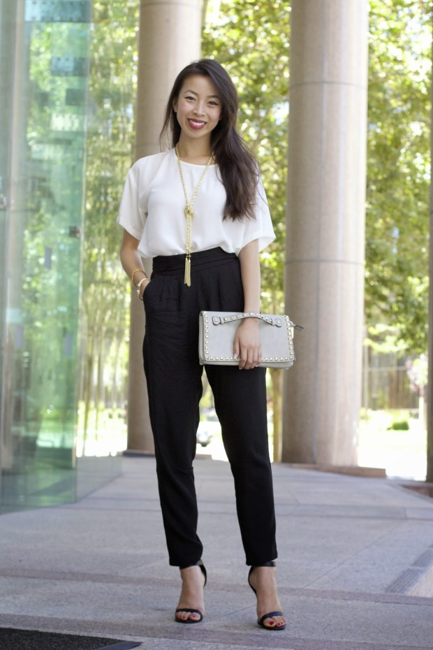 connnietang-Connie-Tang-fashion-blog-style-blogger-boxy-tee-blush-boutique-miami-black-harem-pants-debs-shop-gold-tassel-necklace-bangled-jcrew-benevolent-jewels-thesis-of-alexandria-mia-stella-pave-cuff-cheville-studded-clutch-mimi-boutique-val